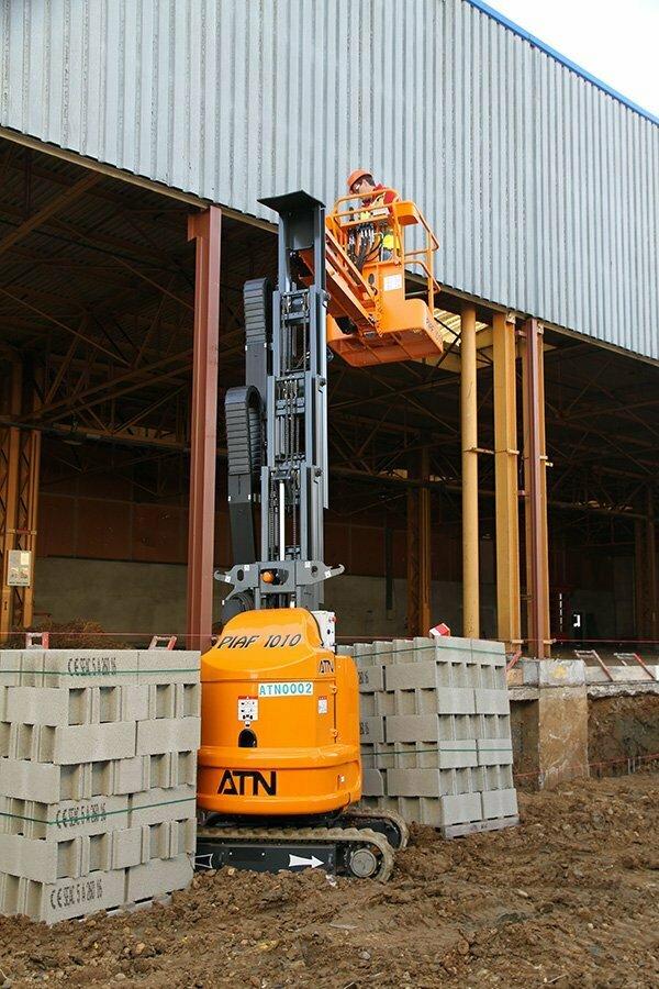 ATN Vertical Mast Boom Lift Piaf 1010 5